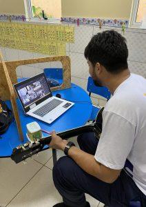 Aula de musicalização para os alunos do ensino remoto