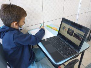 Educação bilíngue na infância